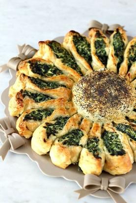 girasol de hojaldre con espinacas y requesón